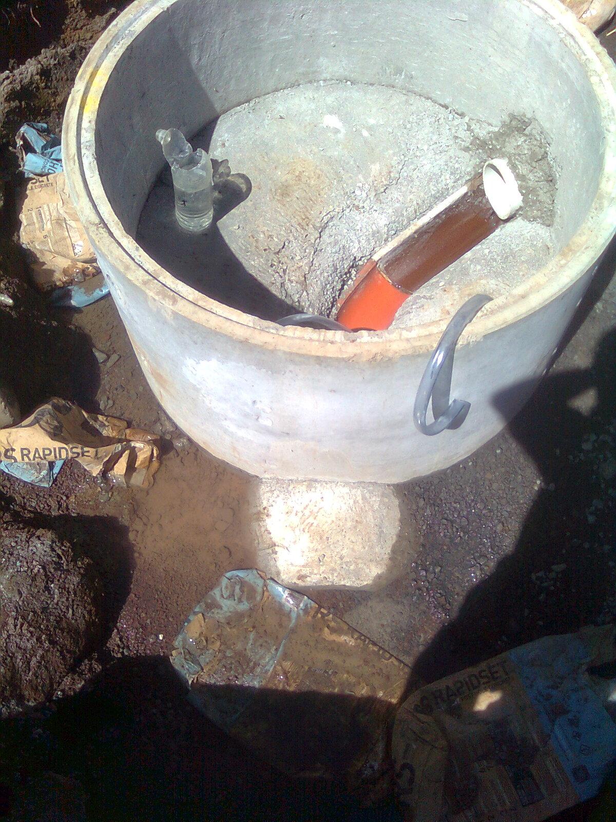 manhole_haunching